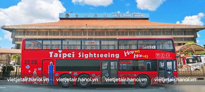 Xe bus là phương tiện phổ biến ở Đài Trung