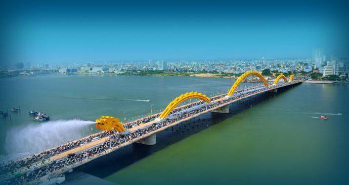 Cầu Rồng cây cầu nổi tiếng tại Đà Nẵng