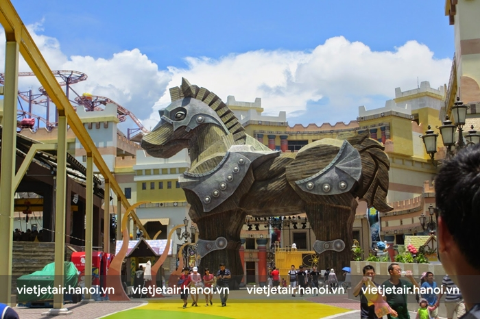 Chú ngựa thành Troy- Công viên chủ đề E-DA