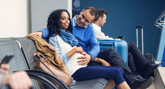 Phụ nữ mang thai đi máy bay Vietjet Air