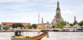 Di chuyển bằng thuyền ở Bangkok