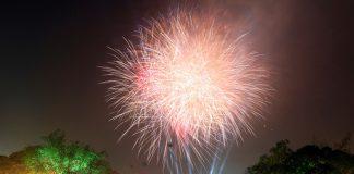 Bắn pháo hoa ở Hồ Gươm-Hà Nội