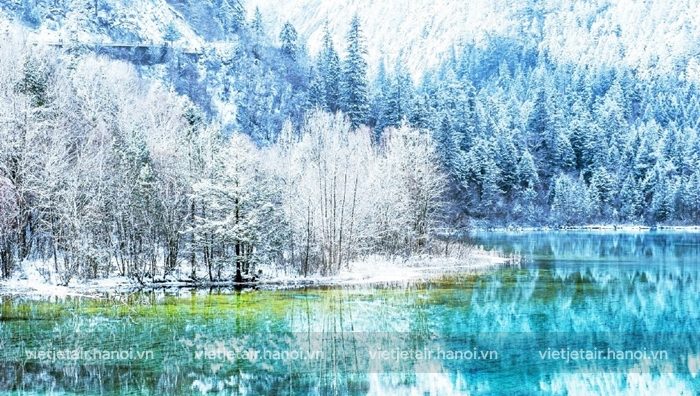 Vẻ đẹp của Cửu Trại Câu vào mùa đông