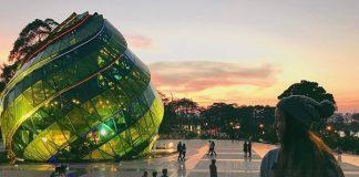 Quảng trường Lâm Viên - nơi vui chơi giải trí ở Đà Lạt vào buổi tối