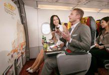 Hạng vé máy bay Deluxe cung cấp những tiện ích gì?